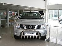 Защита переднего бампера - кенгурятник с грилем низкий d60 для Nissan Navara