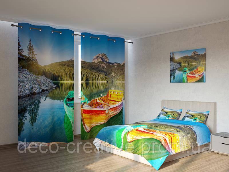 Фотокомплект разноцветные лодки рыбаков