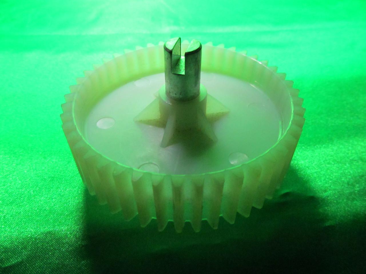 Шестерня Vitek D=96 мм(к электромясорубке и кухонному комбайну Витек)