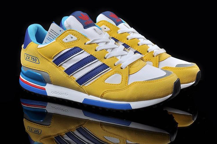 Кроссовки женские Adidas ZX750 / ADW-003