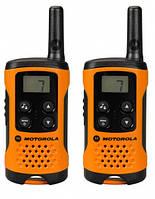 Рация портативная Motorola TLKR T41 Orange (радиус действия до 4 км)