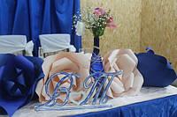 Инициалы BT на подставке заготовка для декора