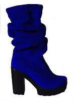 Женские сапоги на высоком каблуке из натурального замша синего цвета