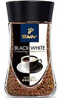 """Кофе Tchibo """"Black and White"""" Растворимый 100г"""