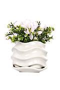 Белый цветочный керамический горшок
