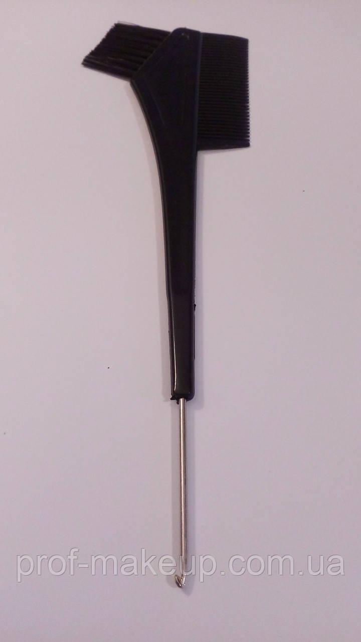 Кисточка для покраски волос  с расческой и металлическим крючком.