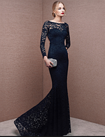 Черное гипюровое платье в стиле русалочка.