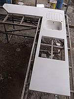 Столешница кухонная с мойкой (искусственный камень)