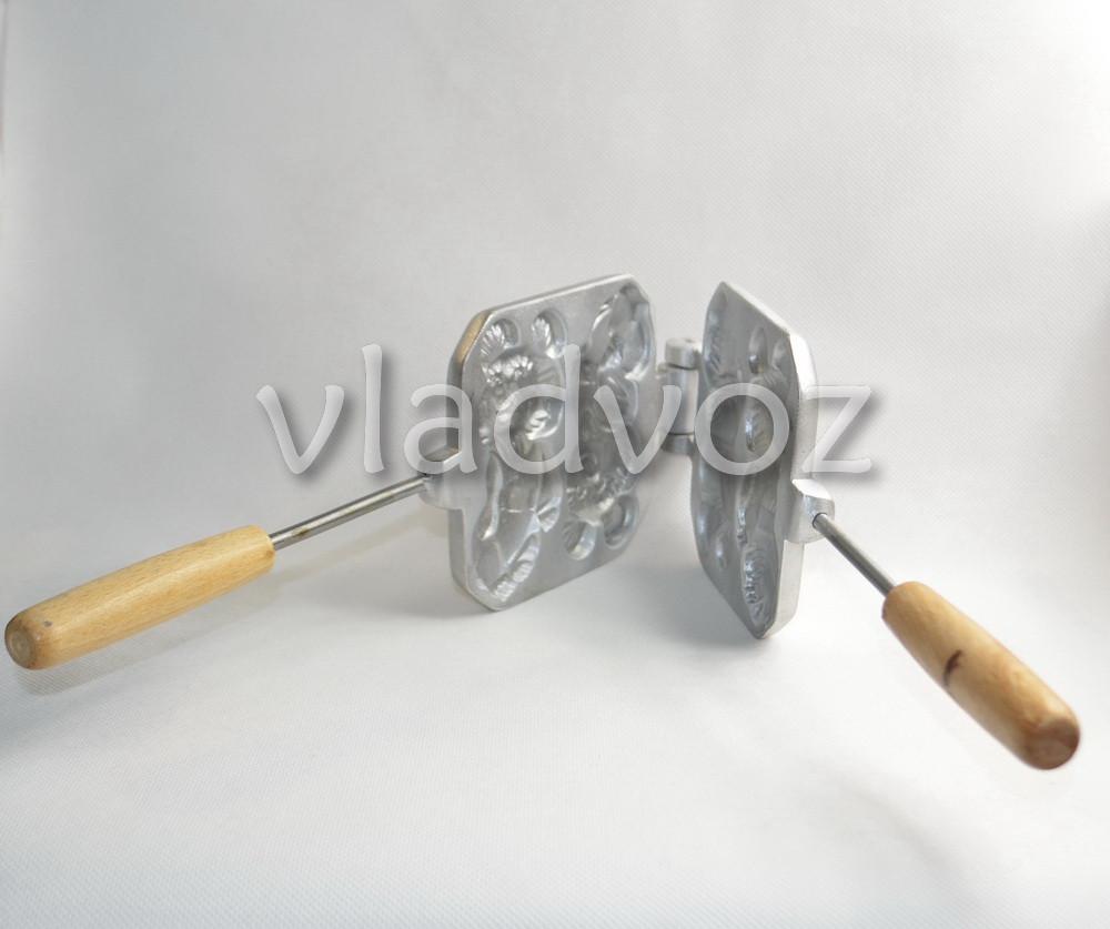 фото алюминиевой формы для печенья олимпийский мишка вид сбоку