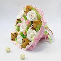 Букет из игрушек Мишки 5 коричневые с розами