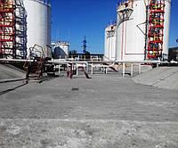 Выполнены работы поставке и монтажу алюминиевых понтонов производства Ultraflote Corp. (США) для резервуаров