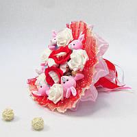 Букет из игрушек Зайки 5 с Рафаэлло розовый, фото 1