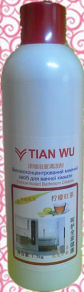Жидкое моющее средство для ванной комнаты с ароматом лимона.1,1 кг