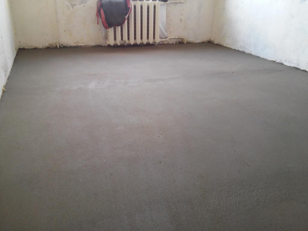 Вторая комната также приведена в готовое к сдаче состояние.