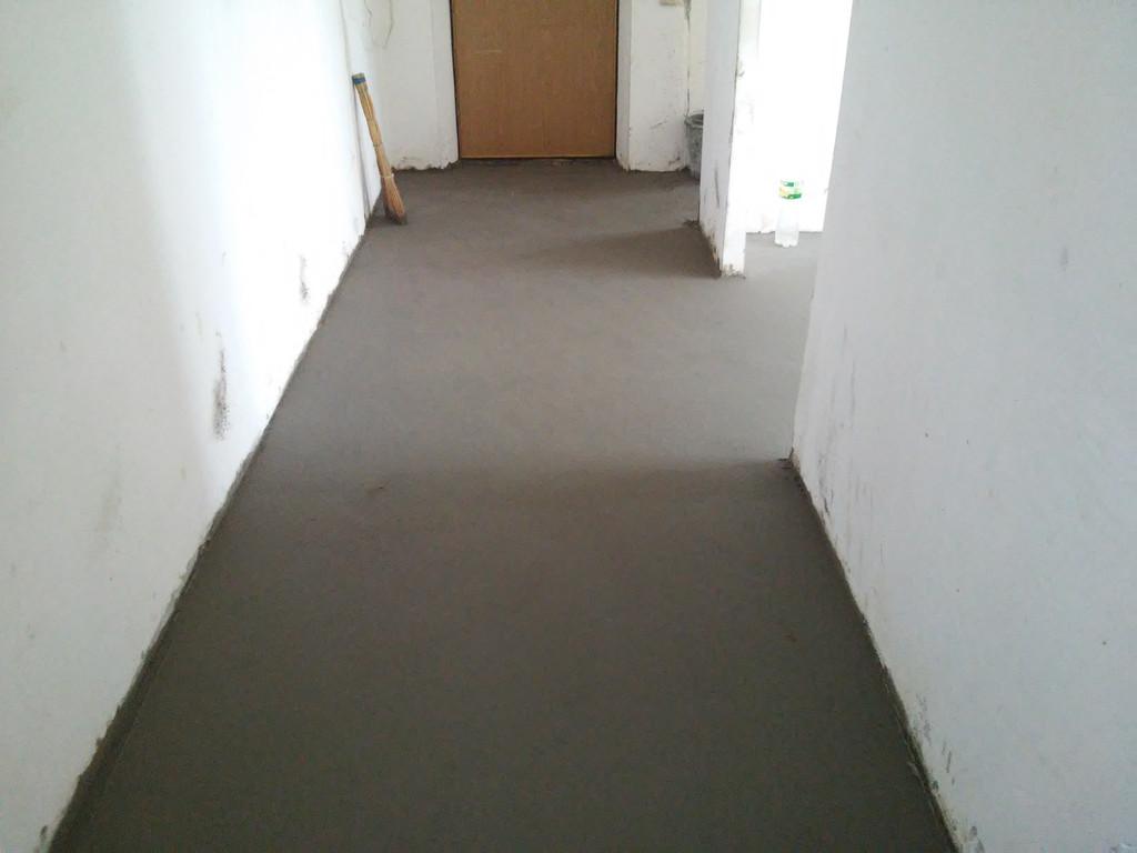 Закончены работы в коридоре.