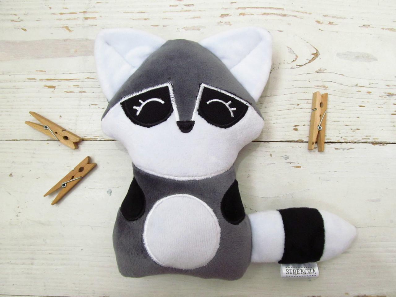Мягкая игрушка Strekoza Енот 18см серый