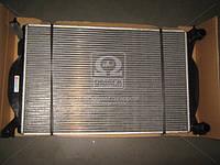 Радиатор AUDI A4 16/18/20 MT 00- (Van Wezel) 03002201