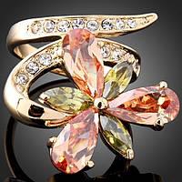 """Кольцо женское в виде цветка """"Изысканная нежность"""" с кристаллами Swarovski"""