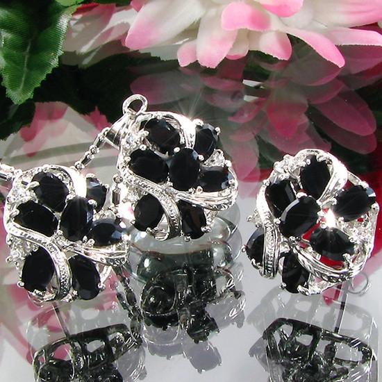 Женский комплект ювелирной бижутерии (колье, серьги) черные камни (муассанит) белая позолота