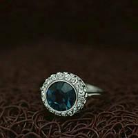 """Кольцо женское с синим камнем """"Chardone"""" покрытое белым золотом"""