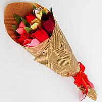 Букет из конфет. 9 ярких тюльпанов