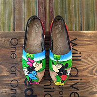 Женские TOMS Kissing Mickey Mouse