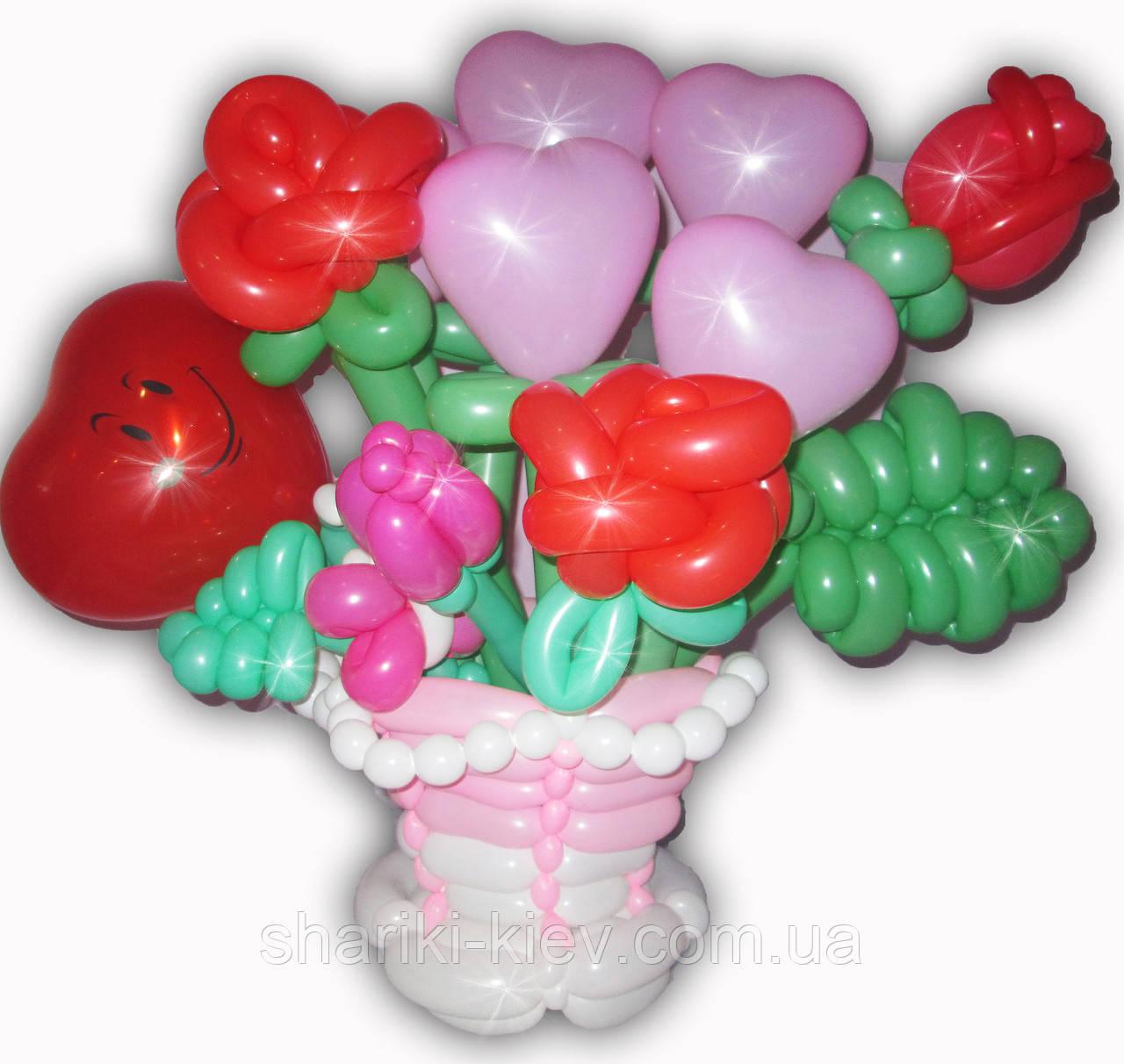 Корзина цветов (букет) из шариков Розы, сердечка, на 8 марта, на День рождения