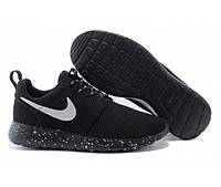 Беговые кроссовки мужские Nike Roshe Run II черные с подошвой космос