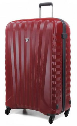 Функциональный пластиковый средний чемодан 70 л. Roncato UNO ZIP 5082/01/69 рубиновый