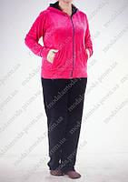 Спортивный женский костюм в расцветках