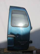 Дверь задняя правая б/у на Nissan Vanette Cargo C23 год 1991-2001