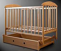 Детская кроватка Наталка с маятником светлая *бр
