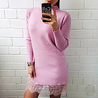 Женское короткое платье - туника с пикантным разрезом