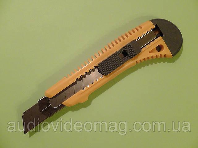 Нож канцелярский сегментный усиленный