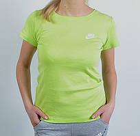 Спортивна  стильна   футболка  в стилі Nike