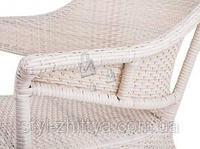 Комплект меблів з білого штучного ротангу. 2 крісла + столик, фото 3
