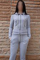 Женский спортивный костюм Nike серый