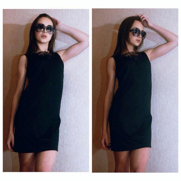 e99e781aee3 Маленькое черное платье с кружевной вставкой у горловины