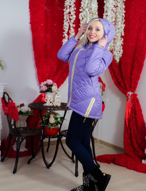 Модная женская куртка деми
