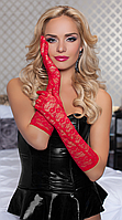 Ажурные красные перчатки