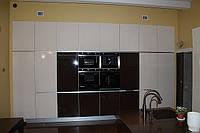 Кухонная мебель для частных домов и квартир с большой площадью