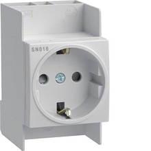 Розетка с защитным контактом (230В,16 А) Hager SN016