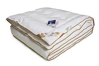 Одеяло стеганое из искусственного лебяжьего пуха