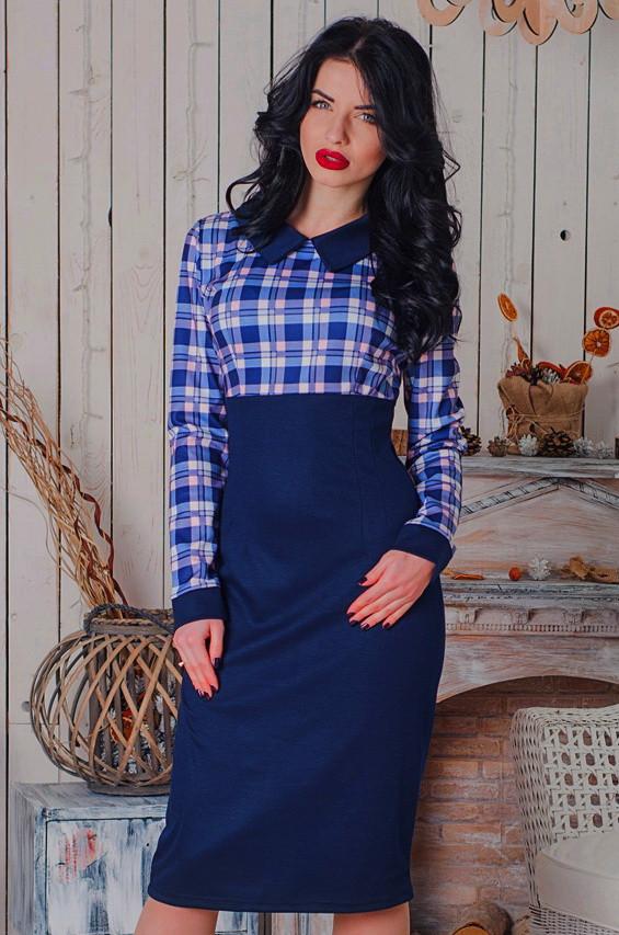 деловое платье в клетку, стильное платье в клетку, офисное платье ниже колена, стильное офисное платье ниже колена в клетку, синее платье, женское деловое платье