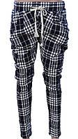 Укороченные клетчатые брюки