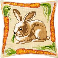 """Набор для вышивания нитками """"Подушка """"Кролик с морковью"""""""