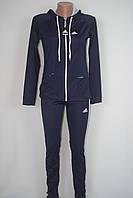 Женский спортивный костюм в стиле adidas с капюшоном на замке