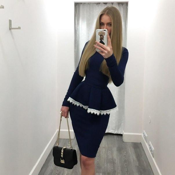 Стильное молодежное платье мини