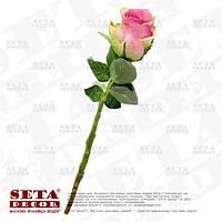 Роза в бутоне лилового цвета (цветок розы) на ветке искусственная