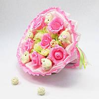 Букет из игрушек Мишки 5 с розами розовый